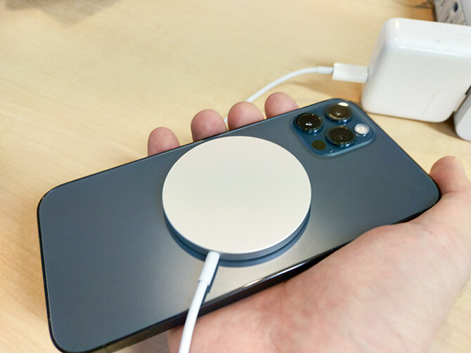 AppleのMagSafe充電器の注意点