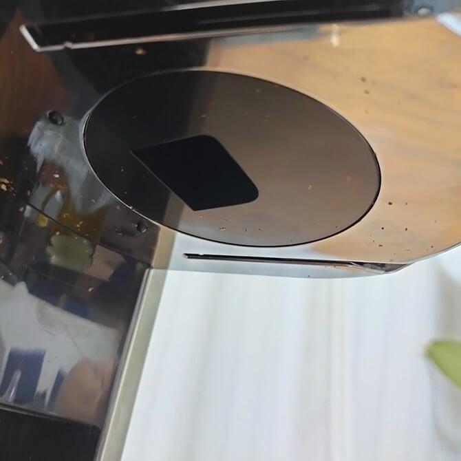 デロンギの電動コーヒーミル「デディカ KG521J-M」の注意点