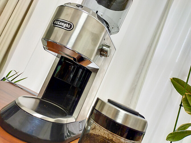 デロンギの電動コーヒーミル「デディカ KG521J-M」