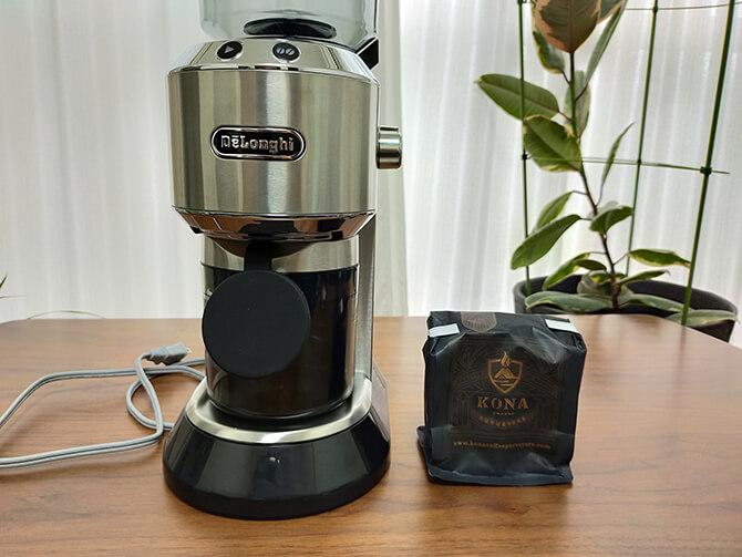 デロンギの電動コーヒーミル「デディカ KG521J-M」で挽いてみた