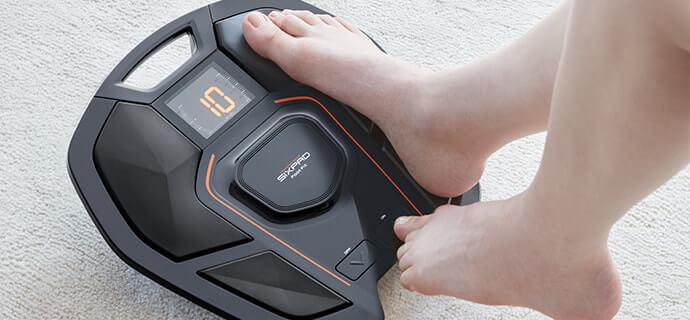 SIXPADの足専用EMSトレーニング機器「FootFit」 低周波の電気刺激で足を効率的にトレーニング