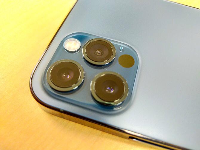 iPhone 12 Proのカメラ機構