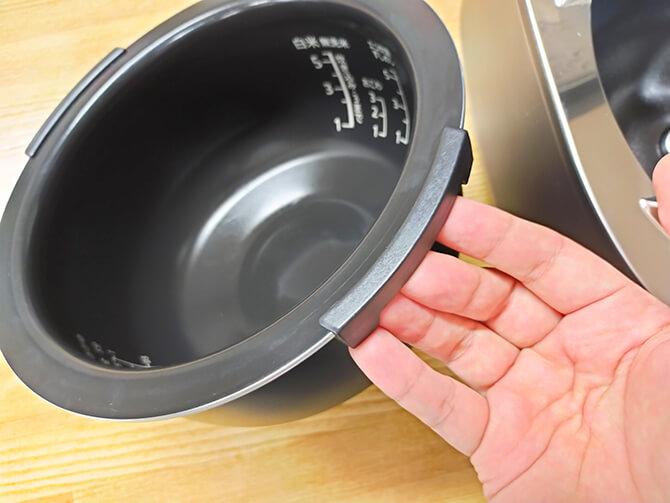 SHARPのIH炊飯器KS-HF10Bの炊飯釜