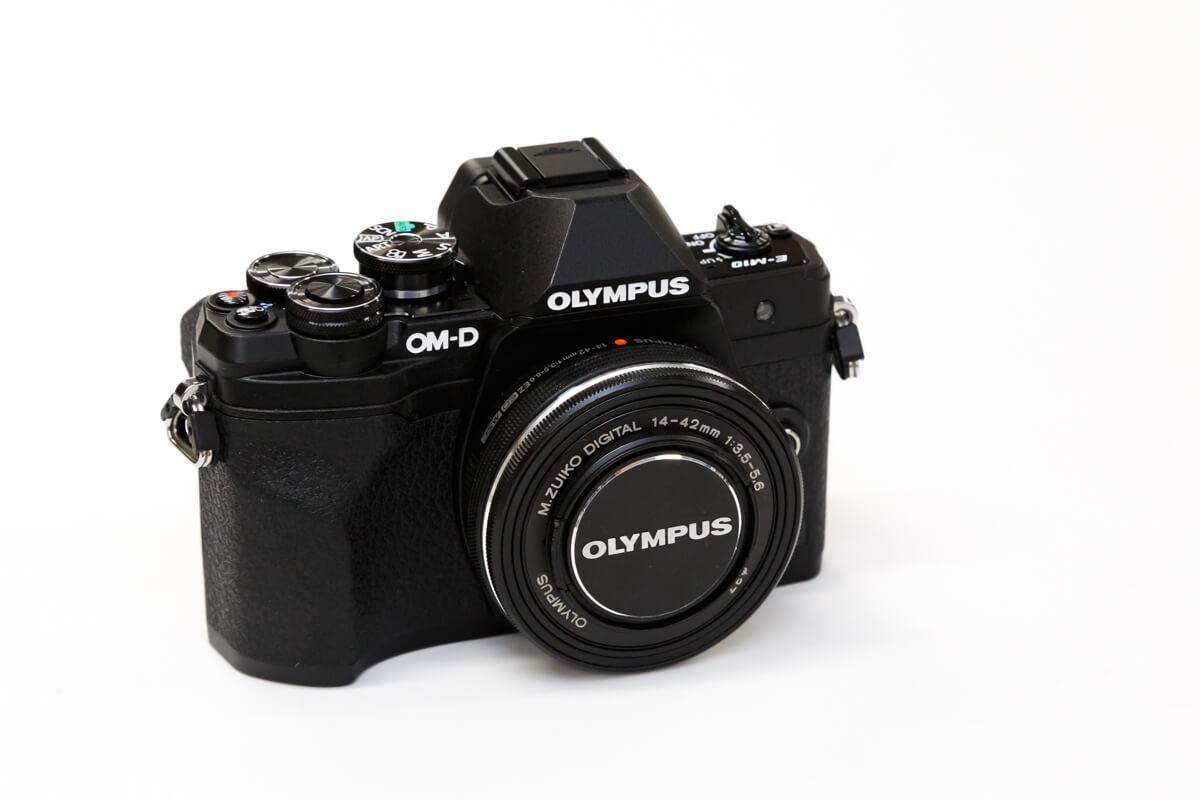 OLYMPUS OM-D E-M10 Mark IV レビュー
