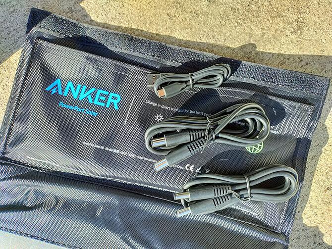 Anker PowerPort Solar 60の同梱物