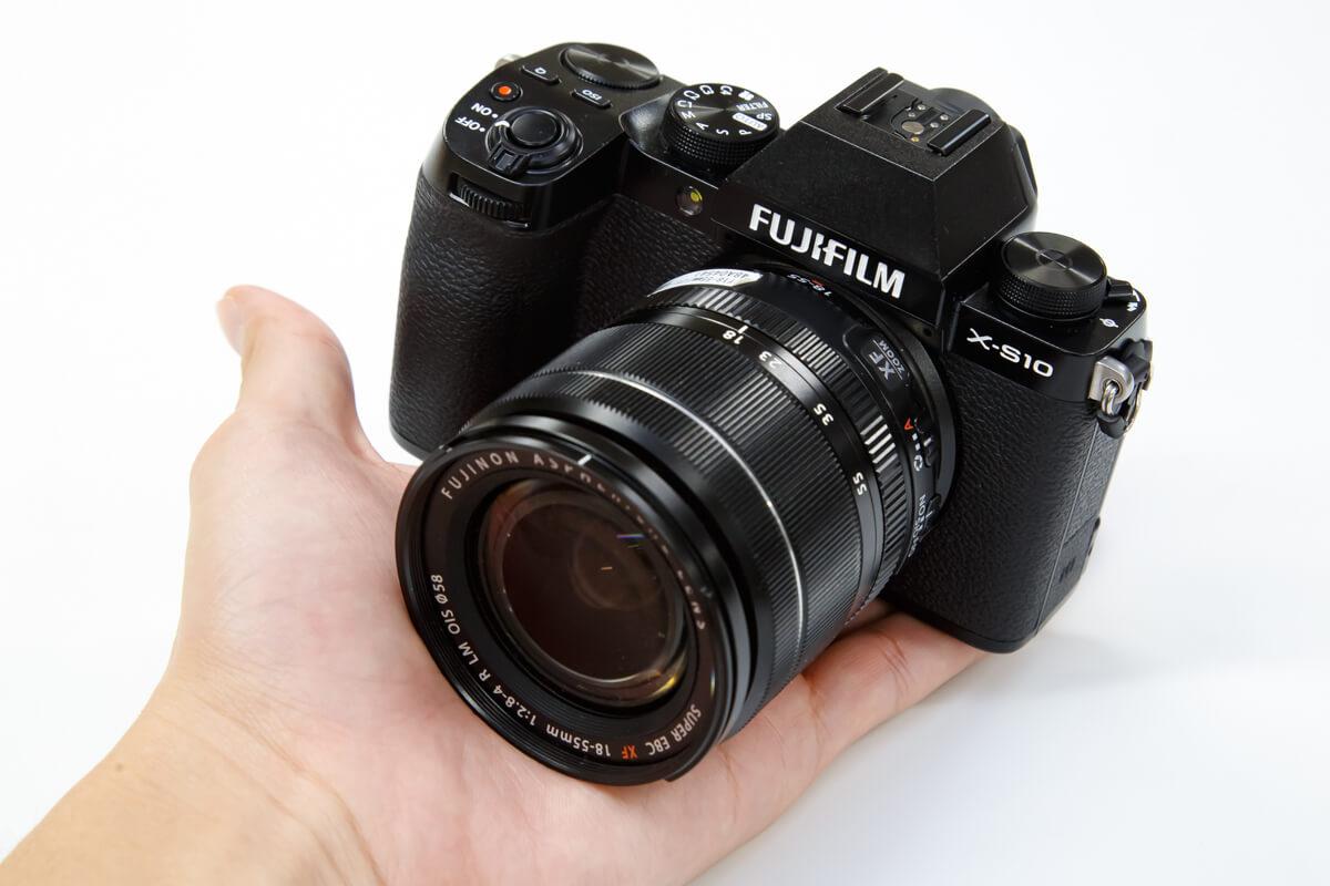 FUJIFILM X-S10 レビュー