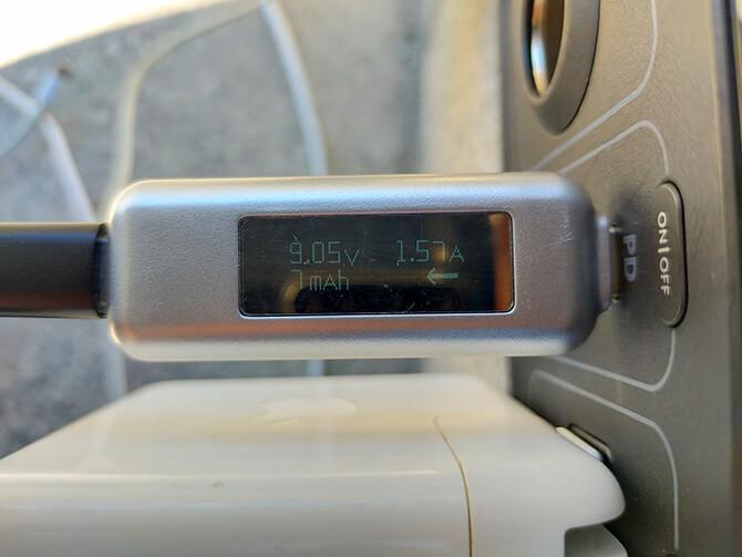 Anker PowerHouse 200のUSB-C出力