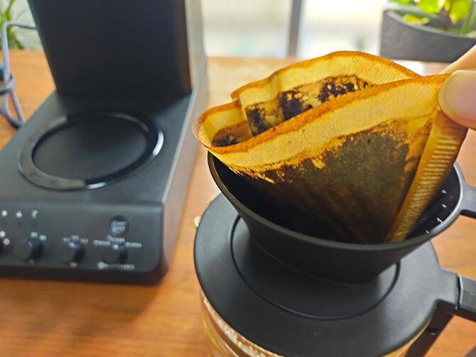 ツインバードの全自動コーヒーメーカー CM-D457Bのペーパーフィルター