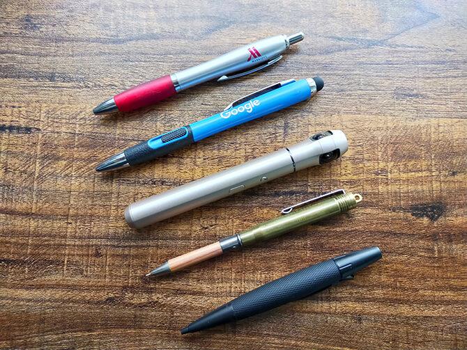 ベクノスの360度カメラIQUI(イクイ)はペン型のスリムボディ