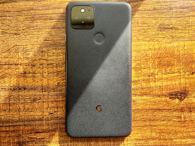 Google Pixel 5のボディ