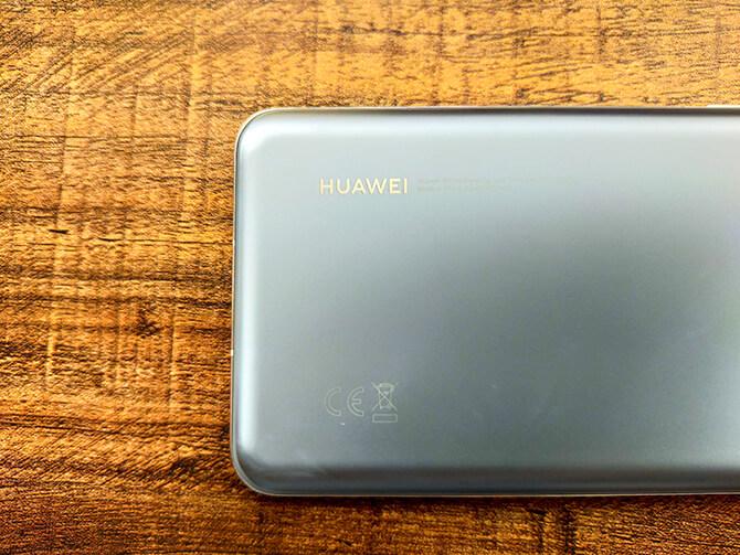 HUAWEI P40 Proの外観
