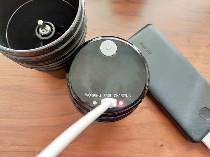 ポータブルコーヒーメーカーSoloCanoの充電方法