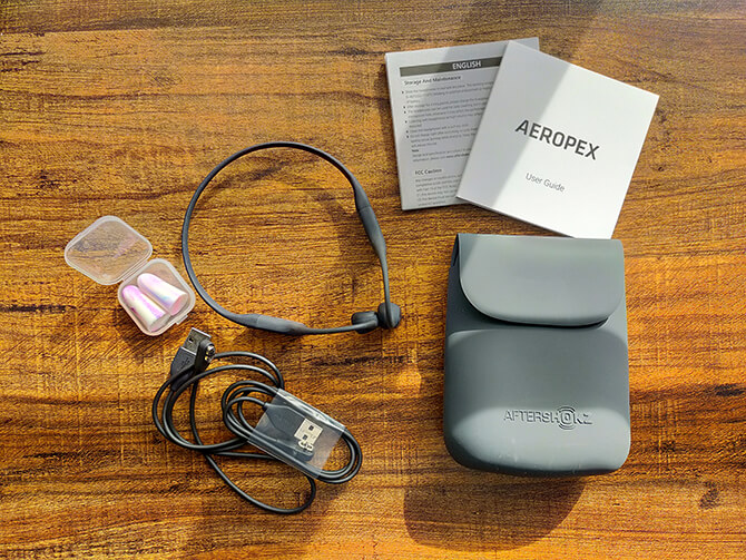 AfterShokz AEROPEXのセット内容