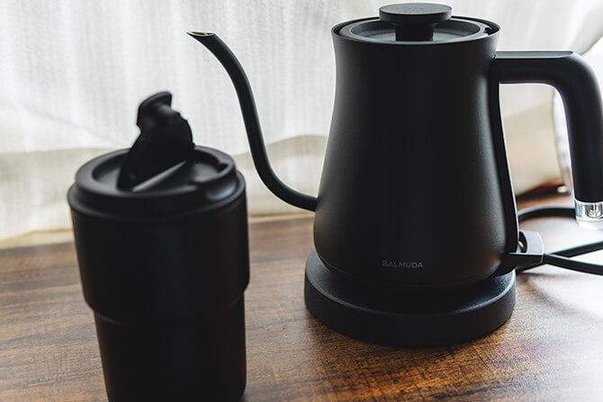 BALMUDA The Potのシンプルなプロダクトデザイン