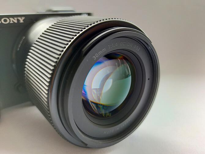 SIGMA 30mm F1.4 DC DN Contemporaryの特長