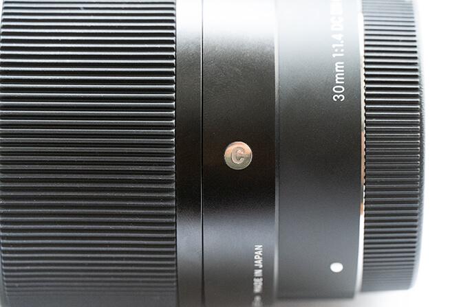 SIGMA 30mm F1.4 DC DN Contemporaryの外観・筐体