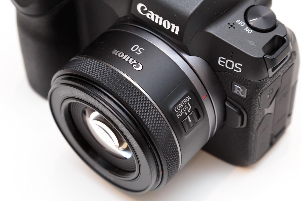 RF50mm F1.8 STM 定番レンズ