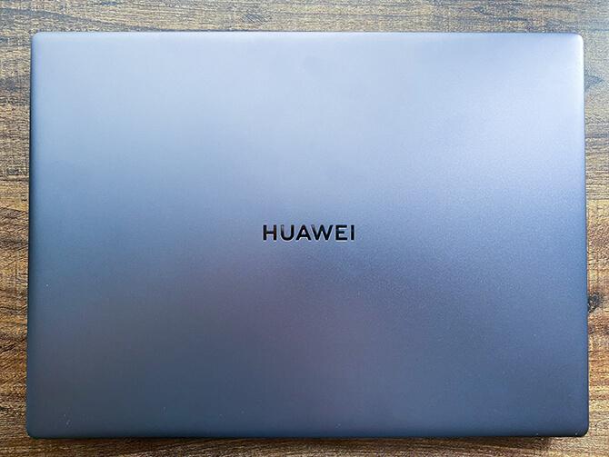 HUAWEI MateBook 14 2020 Ryzen 5の外観