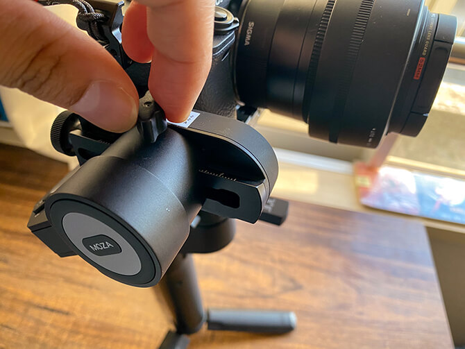 MOZA Mini-Pとカメラのバランス調整を行う