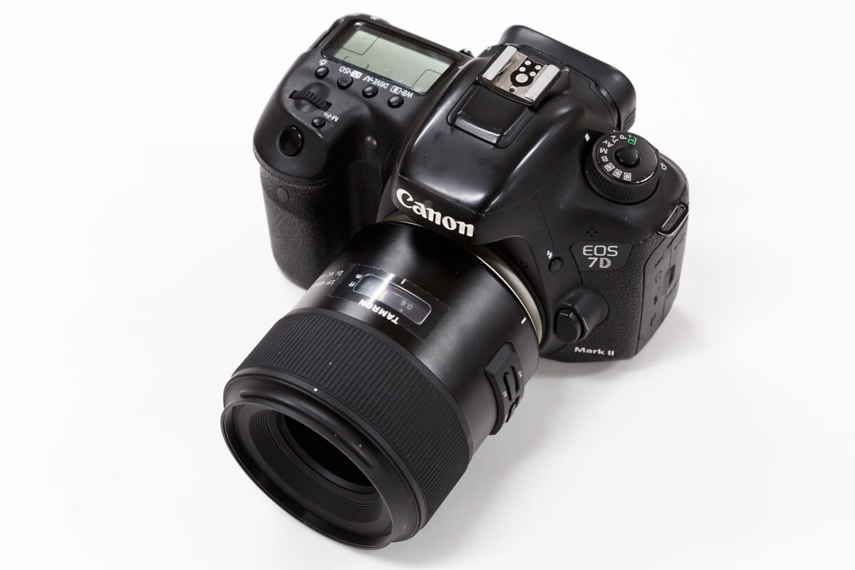 TAMRON SP 45mm F/1.8 Di VC USD レビュー