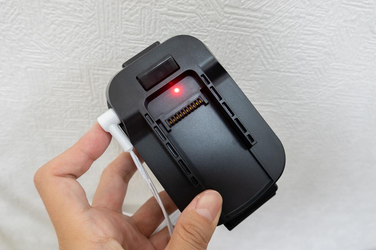 「レイコップ RSC-300」の特長  着脱式バッテリー