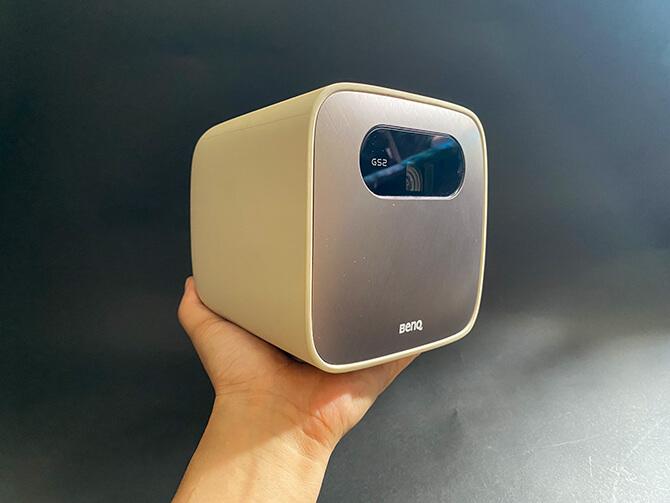 BenQ GS2のコンパクトサイズ