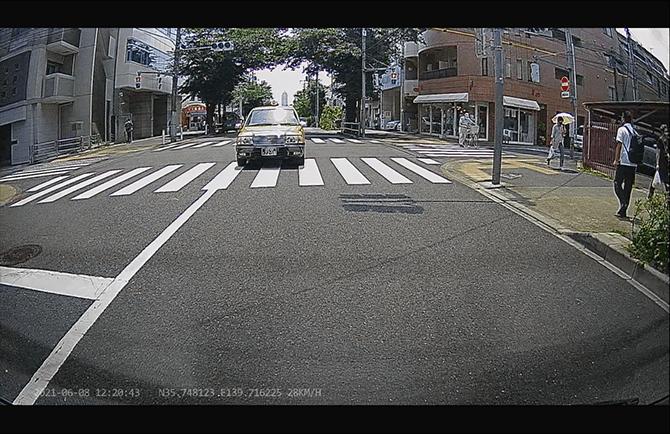 JAPAN AVE. 4KドライブレコーダーGT65のリアカメラ