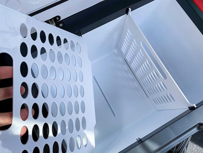 JAPAN AVE.の車載冷蔵庫JA2800の庫内