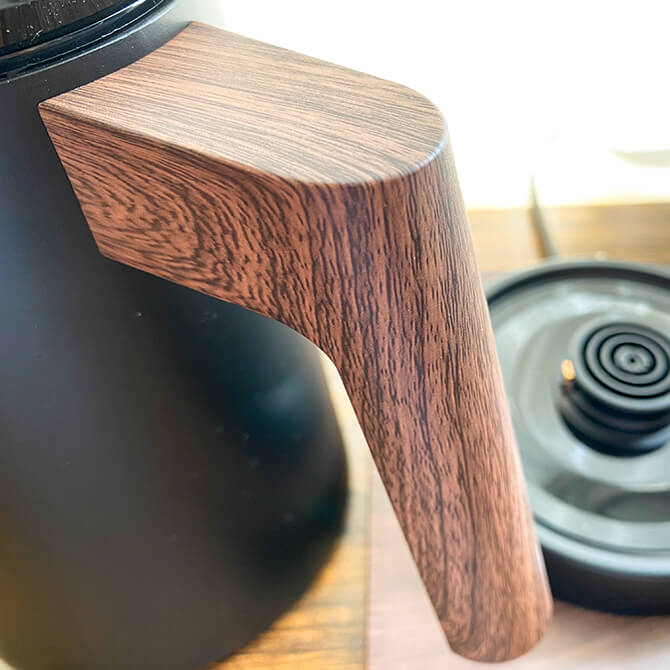 KalitaのKEDP-600の木目調なデザイン