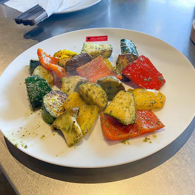 Weber PULSE 1000で焼き上げる野菜はみずみずしい