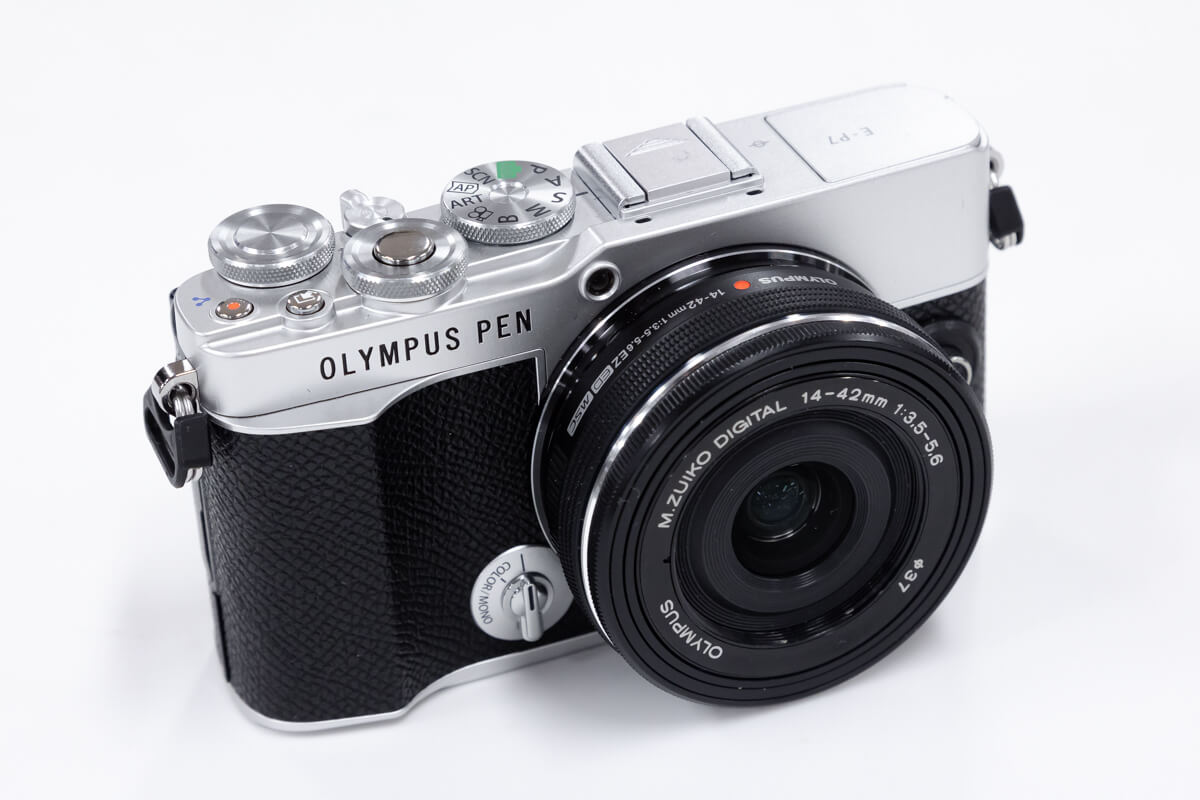 OLYMPUS PEN E-P7 デザイン性