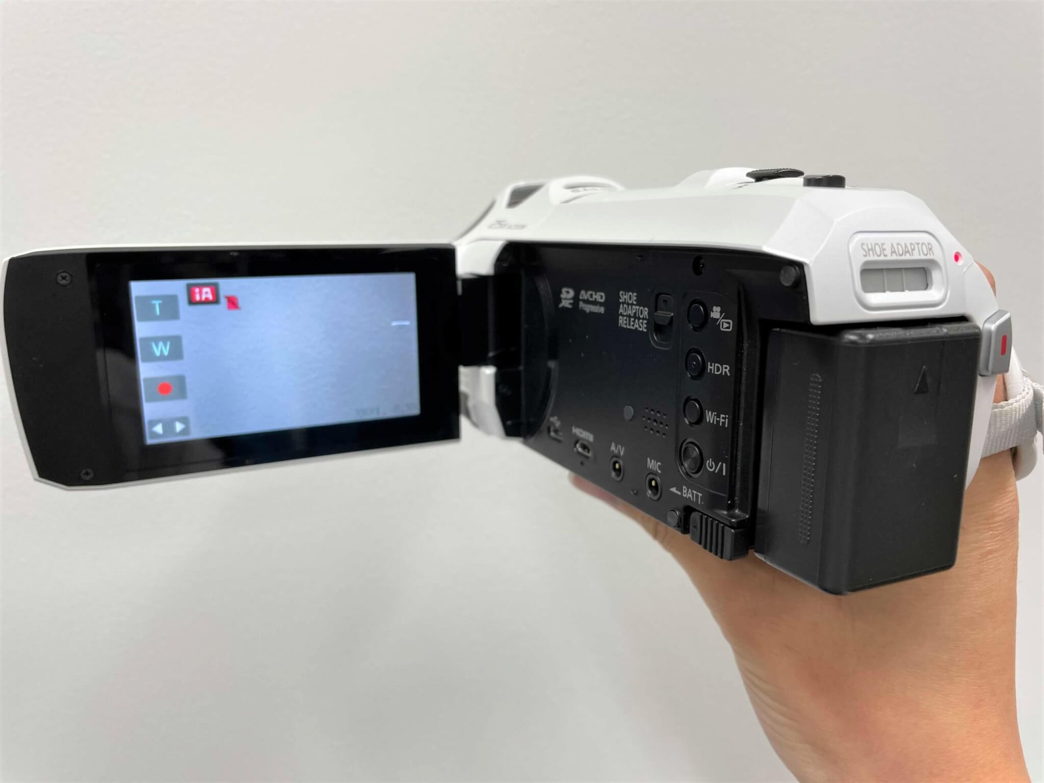 ビデオカメラ バッテリー