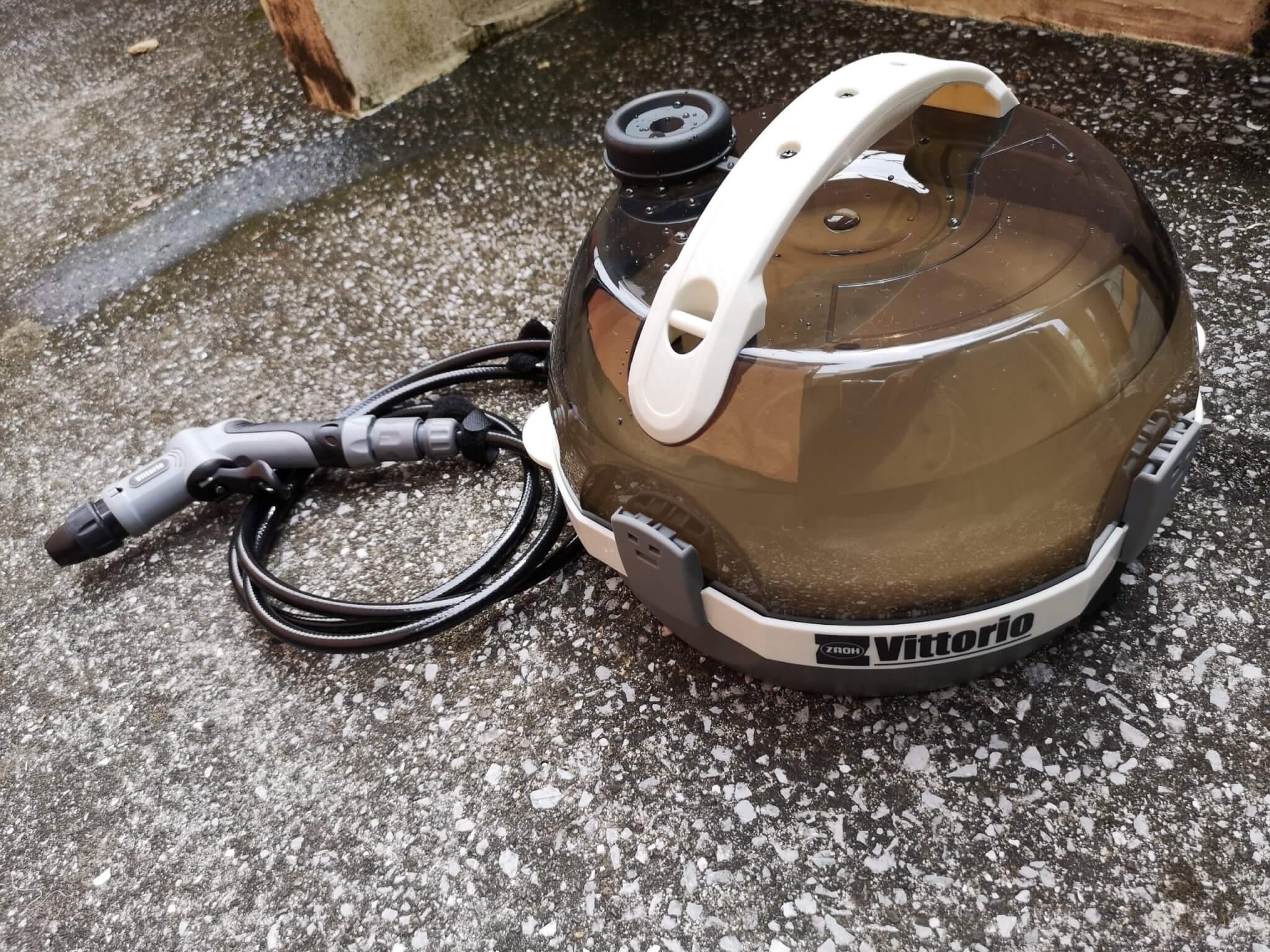 ZAOH(蔵王産業)のヴィットリオ ZM-0502-2を実機レビュー!電源・水源不要の充電式マルチ洗浄機