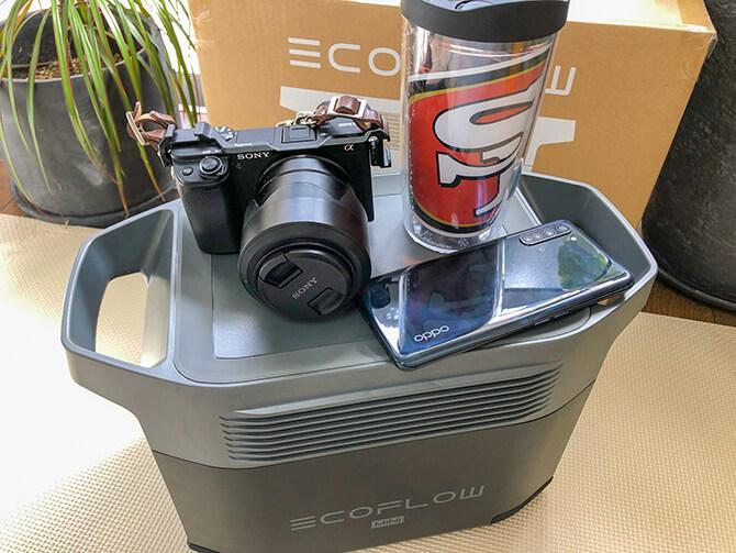 EcoFlow DELTA mini(エコフロー デルタミニ)はミニテーブルとしても使える