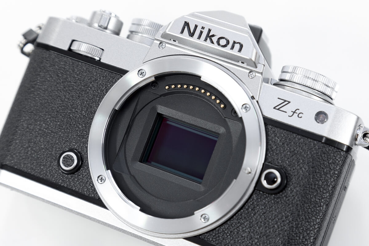 Nikon Z fc ミラーレス一眼