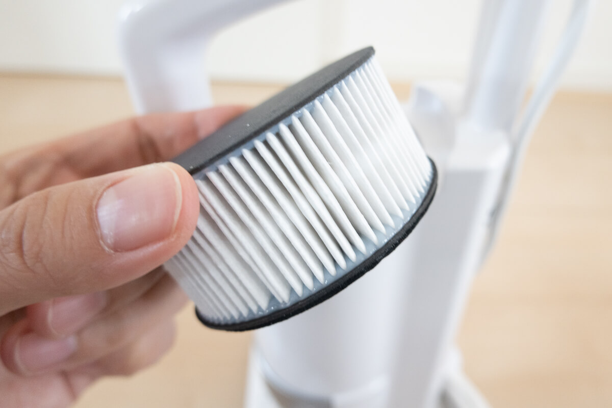 アイリスオーヤマのふとんクリーナー IC-FAC3 の使い方 排気フィルター