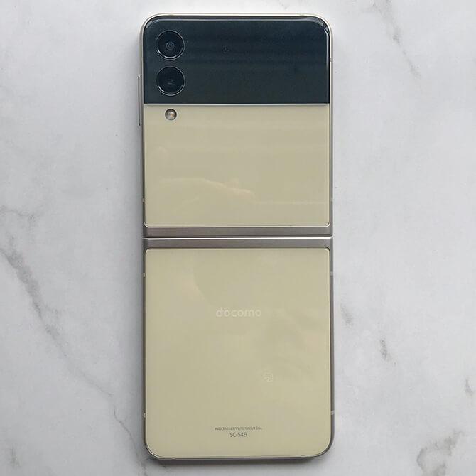 Galaxy Z Flip3 5Gの外観