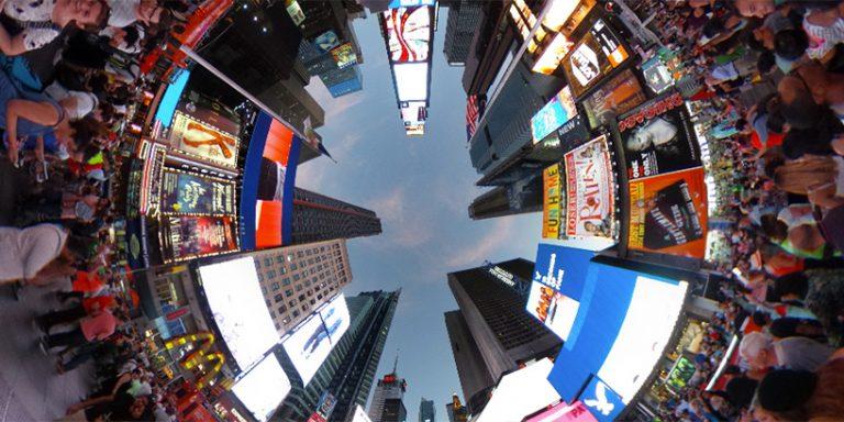 360度動画を撮影できて、市販で入手可能なカメラ4選